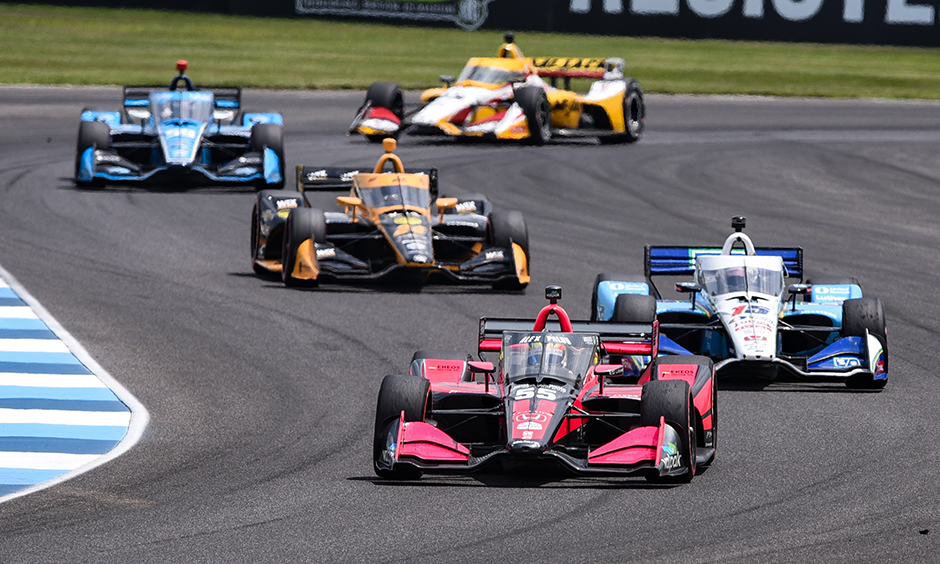 Last time the NTT INDYCAR SERIES took on the @IMS Road Course it was in the Indiana summer heat. Next weekend at the #HarvestGP, we'll expect to see cooler temps and quicker speeds.  Read: https://t.co/xlXuVAnZar  #INDYCAR https://t.co/9uz2GHtpw0
