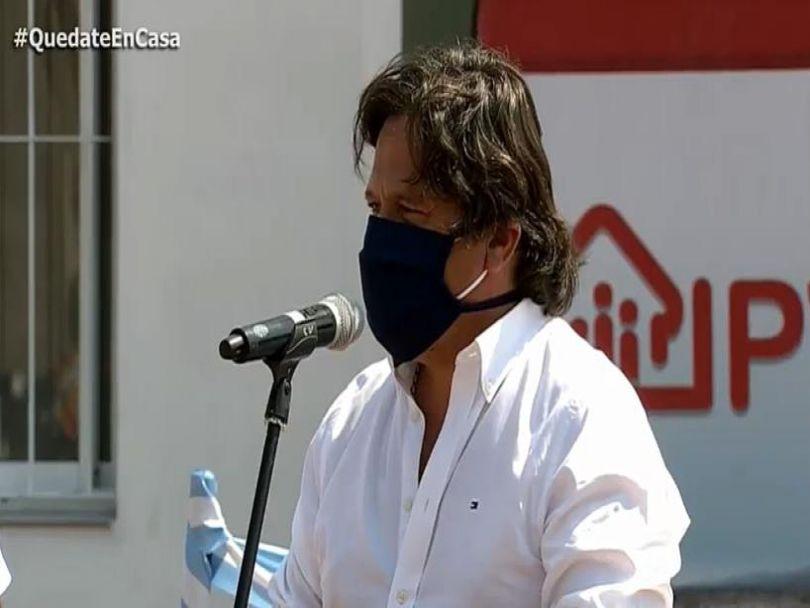 """Sáenz en Las Lajitas: """"El 30% del personal de salud está infectado"""" #Gustavosaenz #salud #personal #covid19 → https://t.co/iug53ImV5e https://t.co/ybgSwGsz82"""