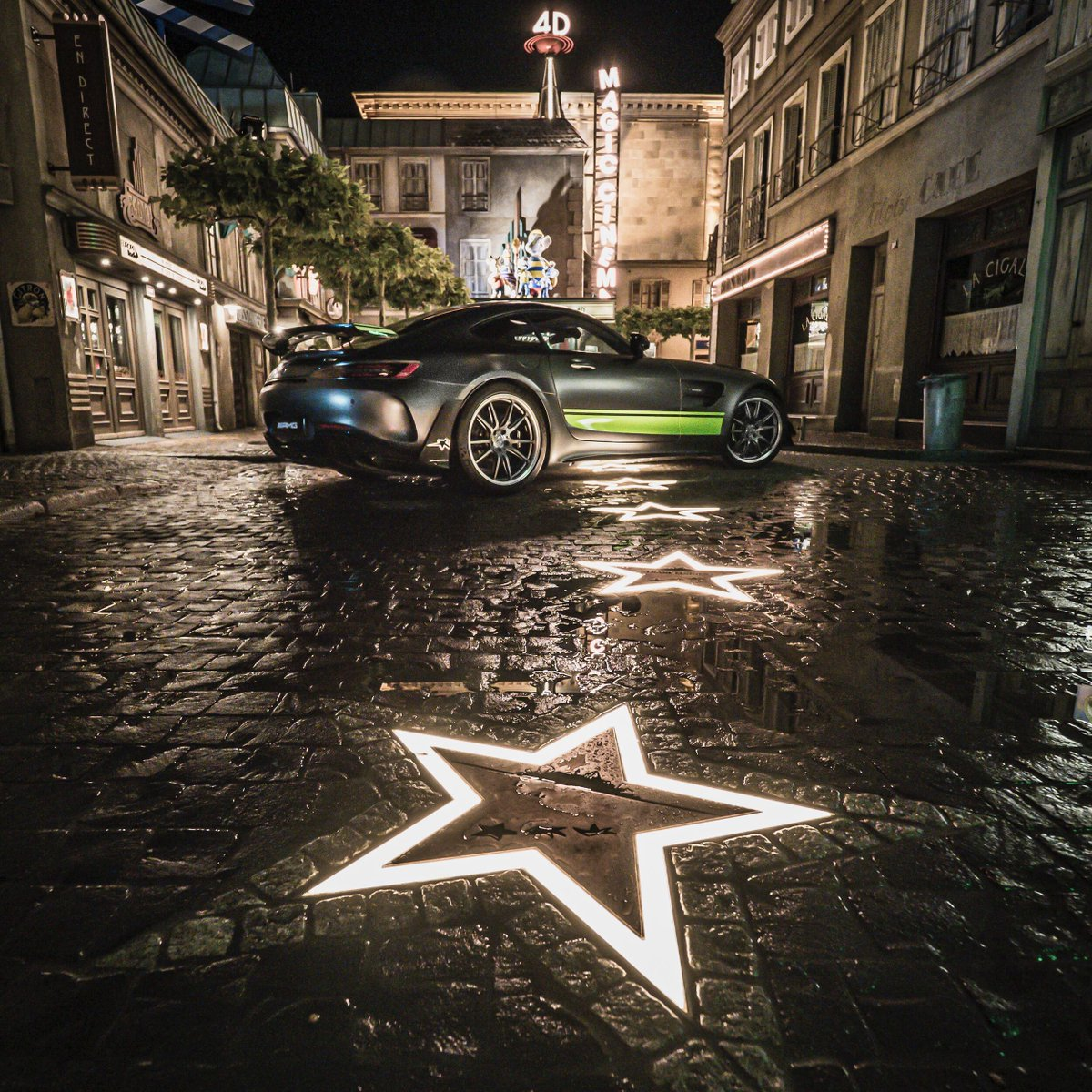 Reaching for the stars with @herminsche308 at @europa_park.  https://t.co/1ok81bwY5z #MercedesAMG #DrivingPerformance #Mercedes #AMG #GT https://t.co/JoDgWxb2WV