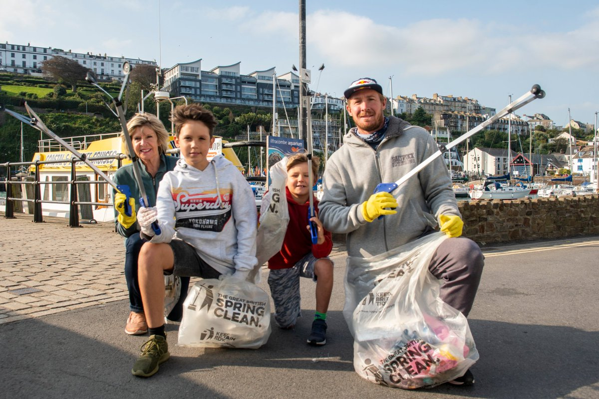 Thanks to Andrew Cotty and @RedBullUK, one of our supporting partners for getting involved in our #GBSeptemberClean. Great work team! https://t.co/w3tFYimBFk