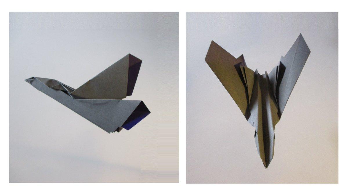 聖書《あなたがたは地上で、だれかを自分たちの父と呼んではいけません。あなたがたの父はただ一人、天におられる父だけです。  マタイ23:9》 #origami  #折り紙 #おりがみ飛行機 #アート #折り紙作品  #創作 #art  #paperplanes #紙ヒコーキ  #みことば #paperairplane #jetfighter 作品紹介! https://t.co/f88tUS79Ko