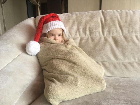 【圧力刺激】「重い毛布」で不眠症が軽減?スウェーデンの医師らが研究見た目と感触が同じで重さが違う毛布で実験した結果、重い毛布を使った人のほうが睡眠維持が大きく改善され、日中の活動レベルも高くなったという。