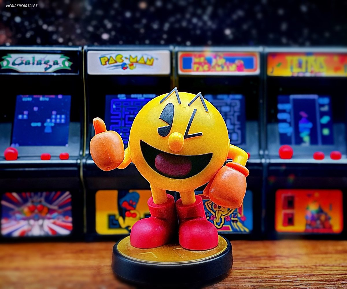 Have a wonderful Friday everyone! What games do you have lined-up for the weekend? 🕹   #RetroGaming #Sega #Nintendo #PlayStation #Xbox #Amiibo #TinyArcade #PacMan #Namco #Arcade #ToyPhotography https://t.co/mxhcG3yZRX