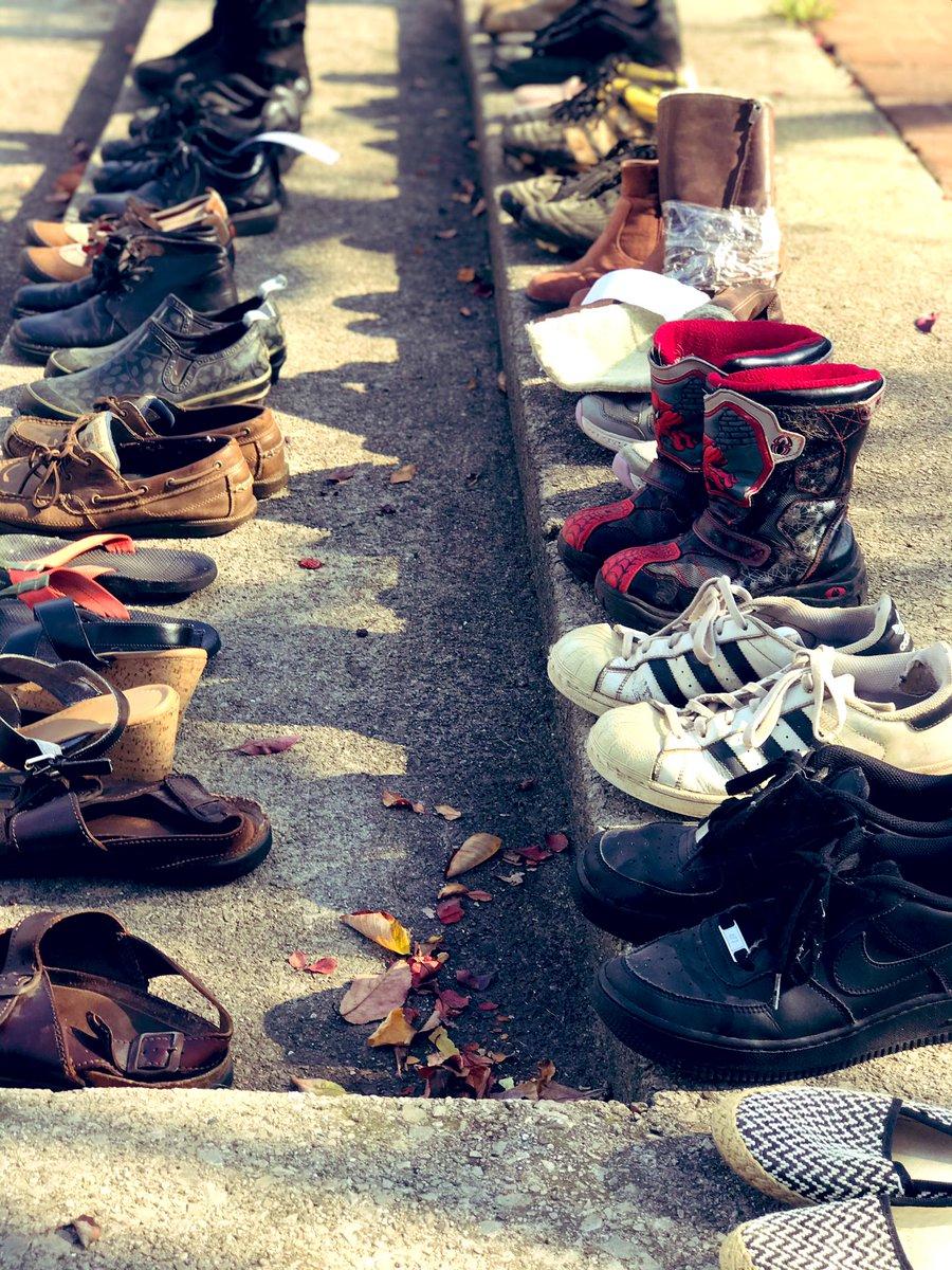 The Burlington Climate Strike is a Shoe Strike this year. #ShoeStrike #BurlOnt #FridaysForFuture  #onpoli #FightClimateInjustice https://t.co/sl3JYzmaT6