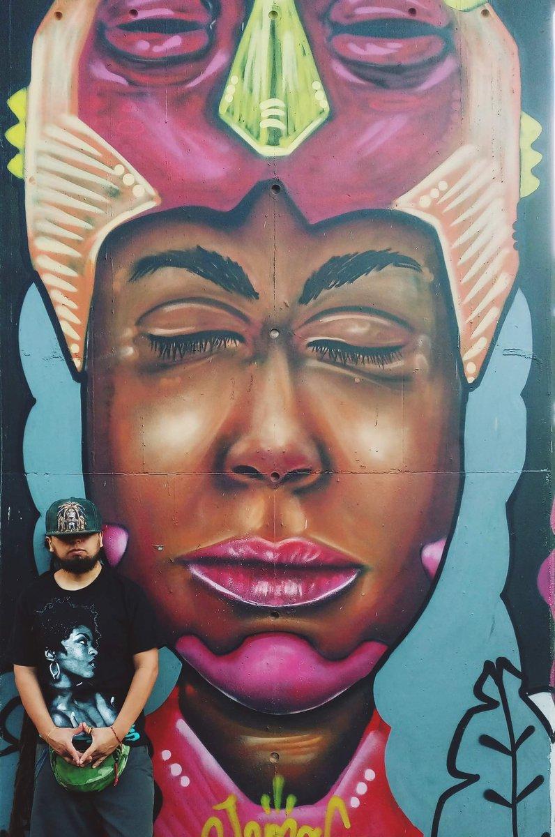 Arte Afro / Black Woman / Medellin, COL!! 🔥  #RoyRebelde 🔥 #DjKingRuff 🔥 #Ruff 🔥 #Africa #Fugees #LaurynHill #Reggae #Dancehall https://t.co/ZnFH1zV8SL
