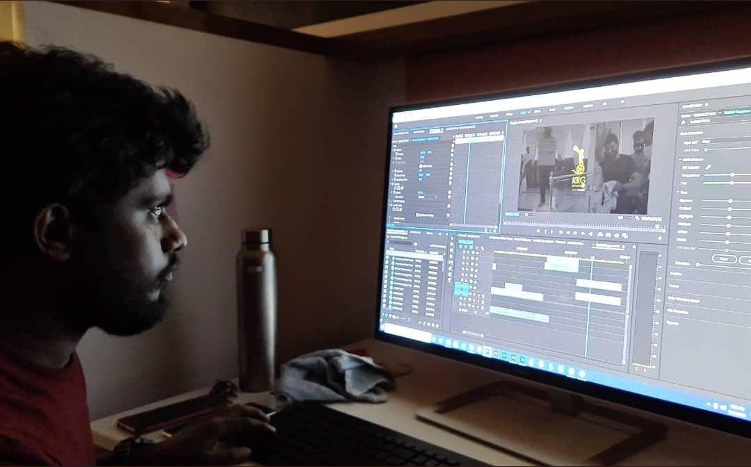 #Yuvarathnaa remaining shoot starts tomorrow. A small video getting ready in a few mins. Stay tuned to @hombalefilms @SanthoshAnand15 @PuneethRajkumar @MusicThaman @AlwaysJani @sayyeshaa @KRG_Connects @YOGIGRAJ https://t.co/fSAtdtWyqg