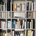 Image for the Tweet beginning: Passer à l'hôtel littéraire Le