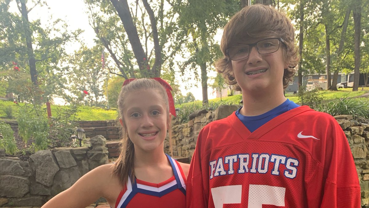 It's officially #football season for these #HTHKids! While sports seasons may have been delayed, postponed, or canceled due to the pandemic, students have worked hard on and off the field. Let's give a cheer to all the athletes! #LittleHeroes #Patriots #Athlete #Cheerleader https://t.co/lANjbIkjKf
