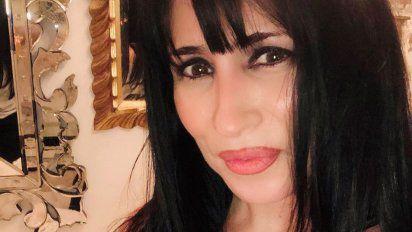 """@PiaShaw """"Voy a cerrar, decidí bajar el cartel y desarmar. Es un gasto terrible, además de todo lo que perdí. Me debían 11 mil dólares que no voy a recuperar"""" Marixa Balli en #ElEspectador.  #CNNRadioArgentina  https://t.co/MrlUM4SbCh https://t.co/VXpUEWUa0j"""