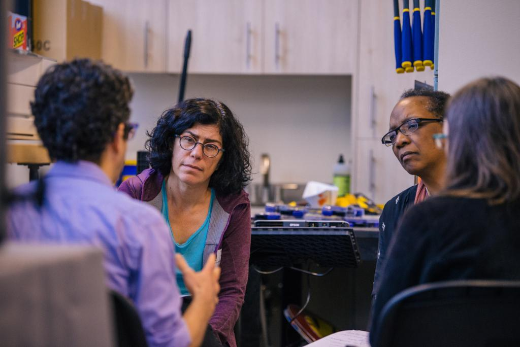 Education sociologist Cynthia Coburn received @NorthwesternU's Ver Steeg Distinguished Research Fellow award for work improving relationships between ed researchers + schools, aka research practice partnerships. She joins @jamespspillane who won in 2013. @NUSources @DREMEmath https://t.co/tT7UTtJ6uU
