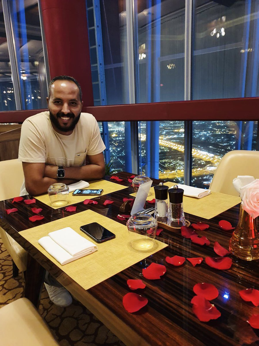 I'm at the highest tower in qatar .. The Torch ♥️ #birthdayboy #BirthdayWishes https://t.co/NtVoOMZFWc