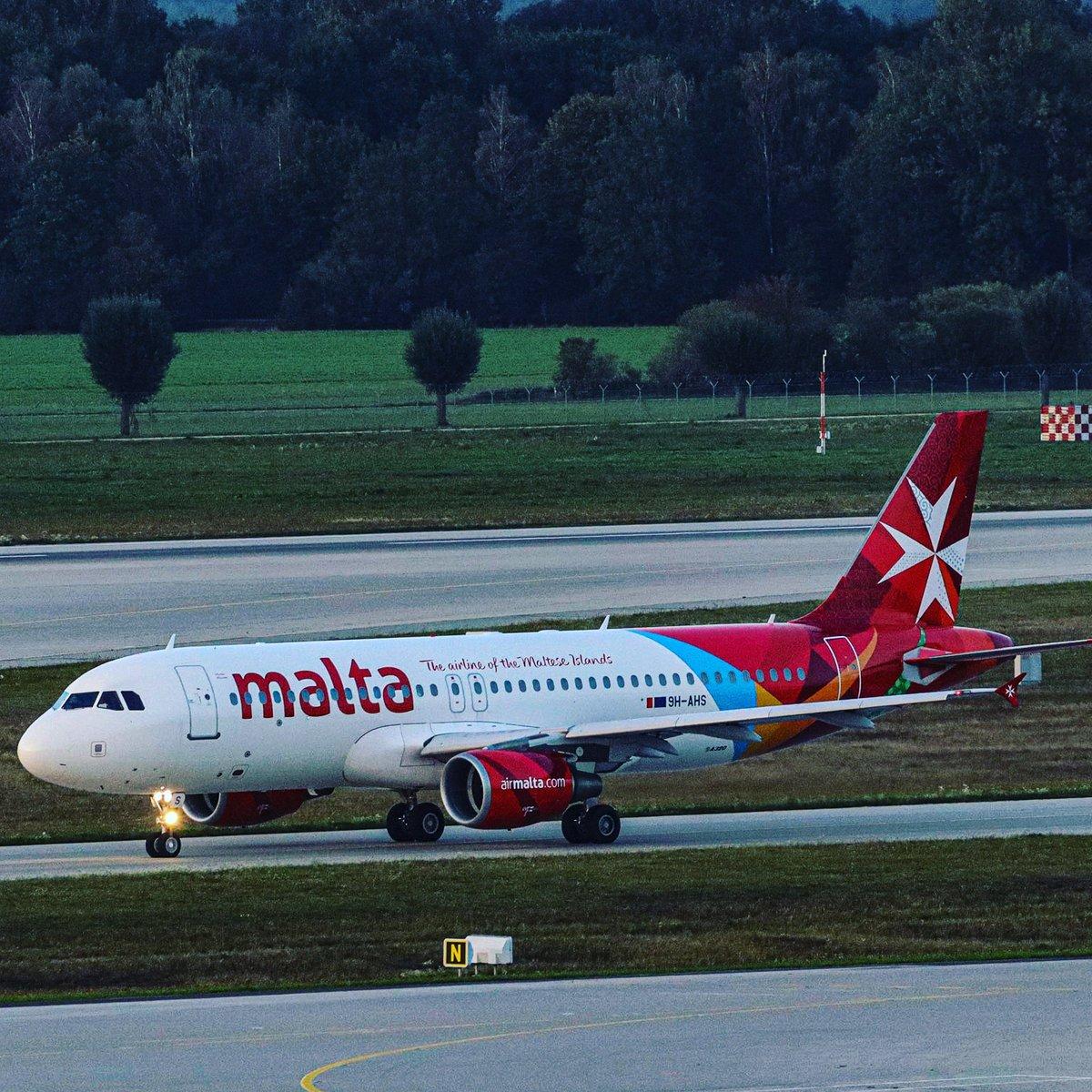 Air Malta A320 on its way to 08L.  #münchen #munich #airport #airportlife #airmalta #airbus #a320 #airbusa320 #airbuslovers #aviation #luftfahrt #aviationdaily #avgeek #airplane #aviationlovers #planeview #plane #airplane #aviationgeeks https://t.co/O40vCxaZ4o