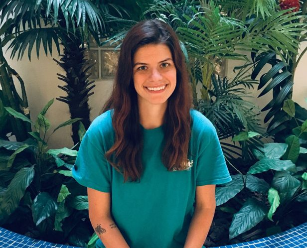 Featured Friday - Trainer  Version - Mackenzie Hedges  Mackenzie has been with Pet Suites since 2018 and is a skilled dog trainer.   Read: https://t.co/4e0JoFTex0  #ps #petsuites #dogtraining #pettraining #oc #ocdogs #orangecountydogs #friday #tgif #featuredfriday #featured https://t.co/2CYrTwhlq4