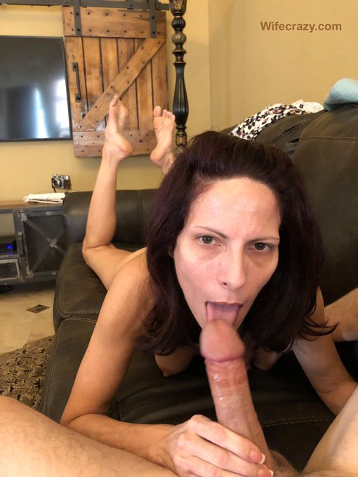 Happy birthday to me! You luck s.o.b. Boo 💦🎂 51  #birthdayblowjob https://t.co/6NWN97Cexh