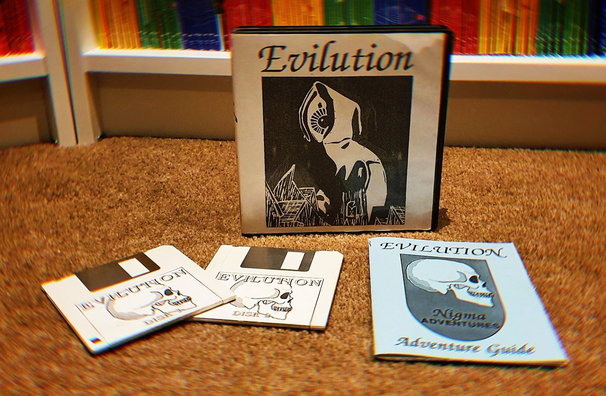 I wrote and published the Atari ST game Evilution back in 1991. Now, after 29 years it's back in the public domain! If you have an ST Emulator or better still, an actual Atari ST I would LOVE for you to give it a play. Here's the link over at @Atarimania.  https://t.co/n452RGULyG https://t.co/KWu5Abxlkz