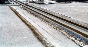 In This Week's #MostViewedAgNews: Corn farmers wanted for snow fence program.   One transportation department will pay producers $5.50 per bushel.  https://t.co/3TdPs2VaxW  #Crops #Corn https://t.co/SpV6Fq3fht