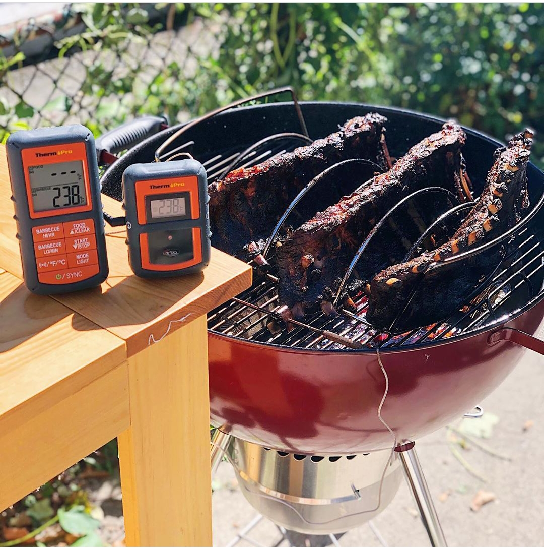 Check out this #hickory smoked #porkribs from @withlovejeannie. They are definitely finger-lickin' good!  Made with ease with a #thermopro!    #porkribs #amazingribs #perfectribs #fallofthebone #meat #smokedmeat #outdoorgrilling #cookingwithfire #thermopro #thermoproeats #fall https://t.co/tJ4pqmWoHN