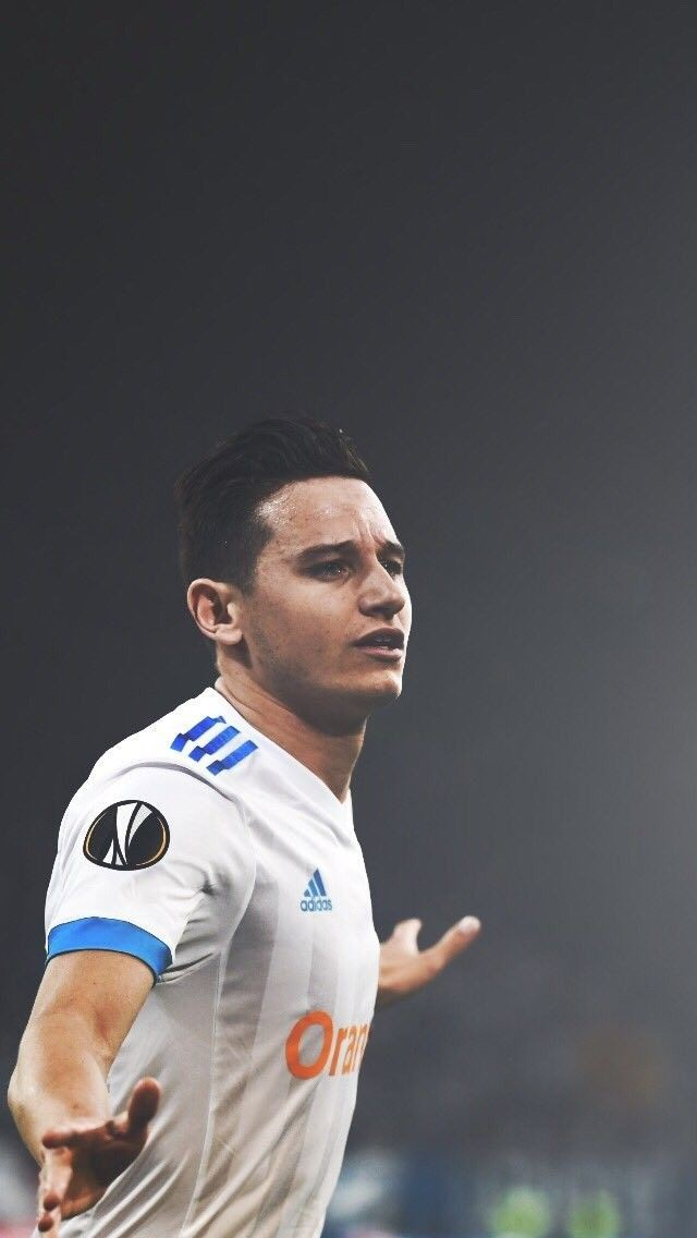 @realmadriden @RealBetis_en Why don't you try to Contracting with Thauvin from marseille it's going to be a huge help to the attack with Benzema I don't think that he will be expensive ,Because he is not on the list of big clubs . Just an idea https://t.co/L0bp7G5eU8