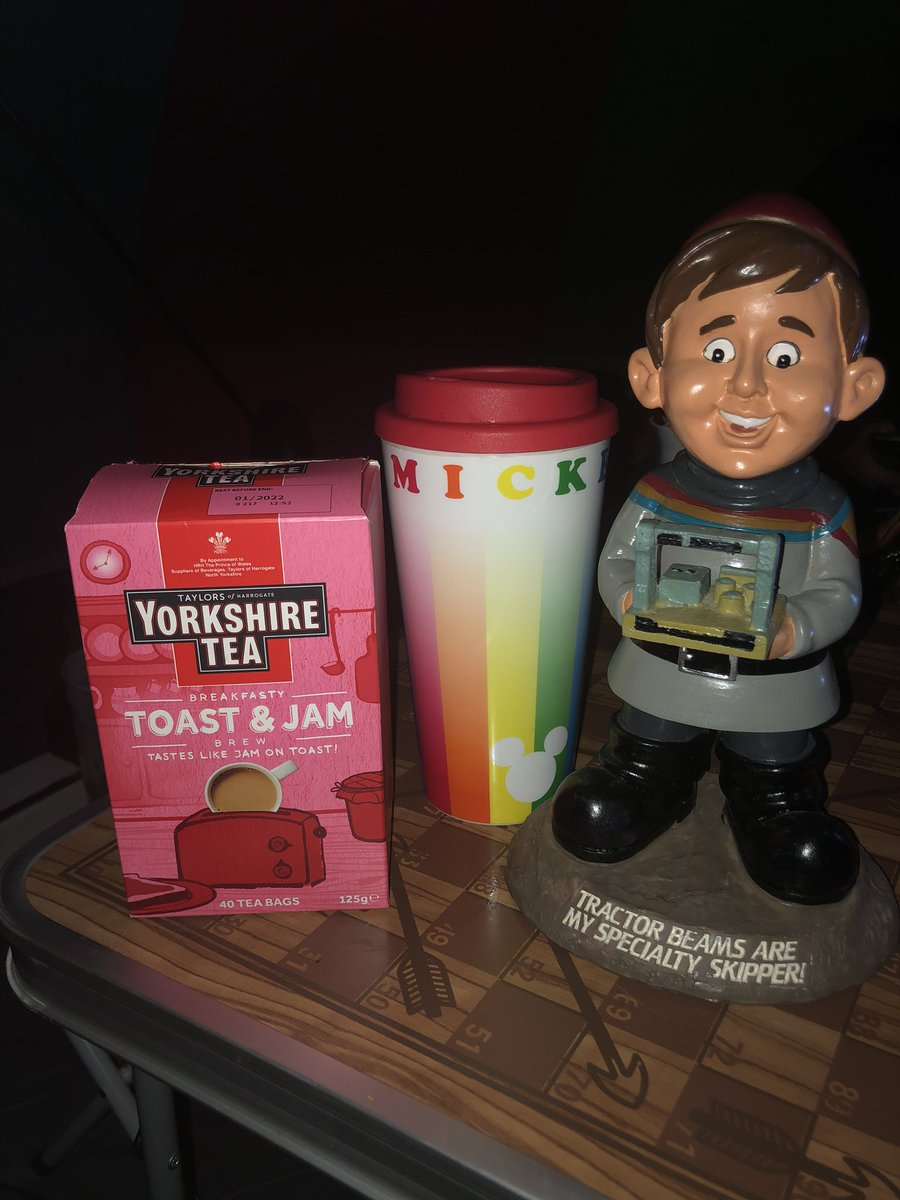 Camping with Wesley and @YorkshireTea ... we finally found some #toastandjam #amazing 🥰 xxx https://t.co/hB8Z7VeYhR