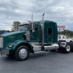 Image for the Tweet beginning: This 2007 Kenworth T800 for