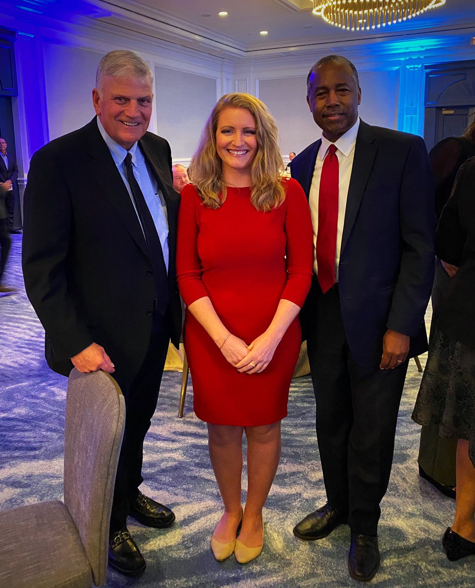 With @Franklin_Graham and @SecretaryCarson ahead of the #PrayerMarch2020 tomorrow in Washington.   This is a pivotal time in America for faith & freedom.   Pray tomorrow and every day for God's blessing on our Nation, President @realDonaldTrump, & our leaders. #LibertyAndJustice https://t.co/5Td5gvMbUC