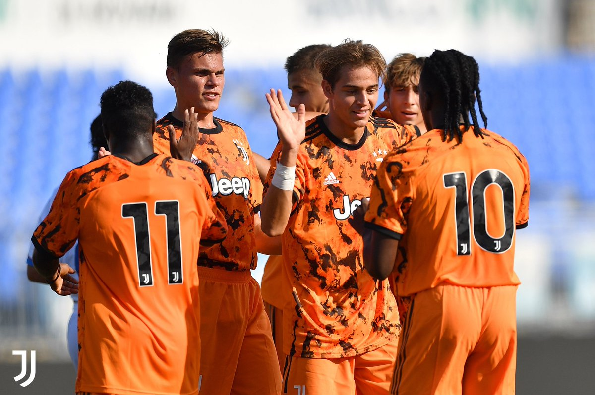 Che partita ragazzi! 🔝 #JuventusYouth #Under19 https://t.co/fKYyV4NSzy