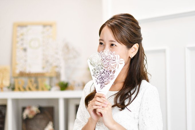 withコロナ時代の結婚式に相応しい「花束みたいなおしゃれなフェイスシールド」が新登場!  @PRTIMES_JP