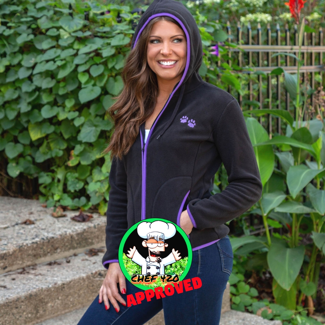 Purple Paw Trimmed Polar Fleece Jacket -Feeds 71 Shelter Animals! $29.95  Buy a Coat, Give a Coat!Add a coat or jacket to your cart & enter code GIVEACOAT during checkout to donate a coat, (FREE to you)to someone in need!   >> https://t.co/cFGLbpbgWH  @TheAnimalRescue https://t.co/tIS8a0lByL