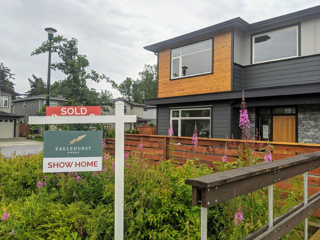 That's a wrap! Our show home is officially closed! • • • #eaglehursthomes #yyj #yyjrealestate #forsale #newhome #northsaanich #fortisbc #builtgreencanada #cittagroup https://t.co/oK8tNqs3Wr