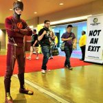 Image for the Tweet beginning: #FBF #TheFlash @WizardWorld #Philly #ComicCon!  @DCComics