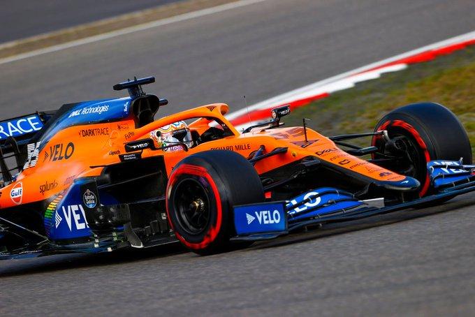Carlos Sainz exprime el McLaren y queda quinto en Nürburgring