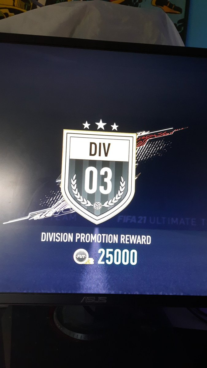Just1KB - Ima get Div 1 faster on Fifa than masters on league :(