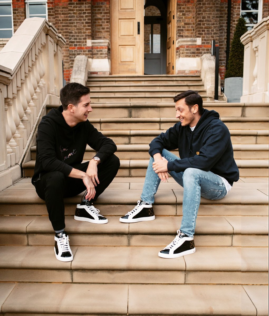 'The Cage' is now available for preorder on the @hideandjack website🔥👟 It was designed to celebrate my childhood & personal story. All the profits will be donated to help children affected by the Covid-19 crisis in Italy in order to have access to digital education. 🙏🏼