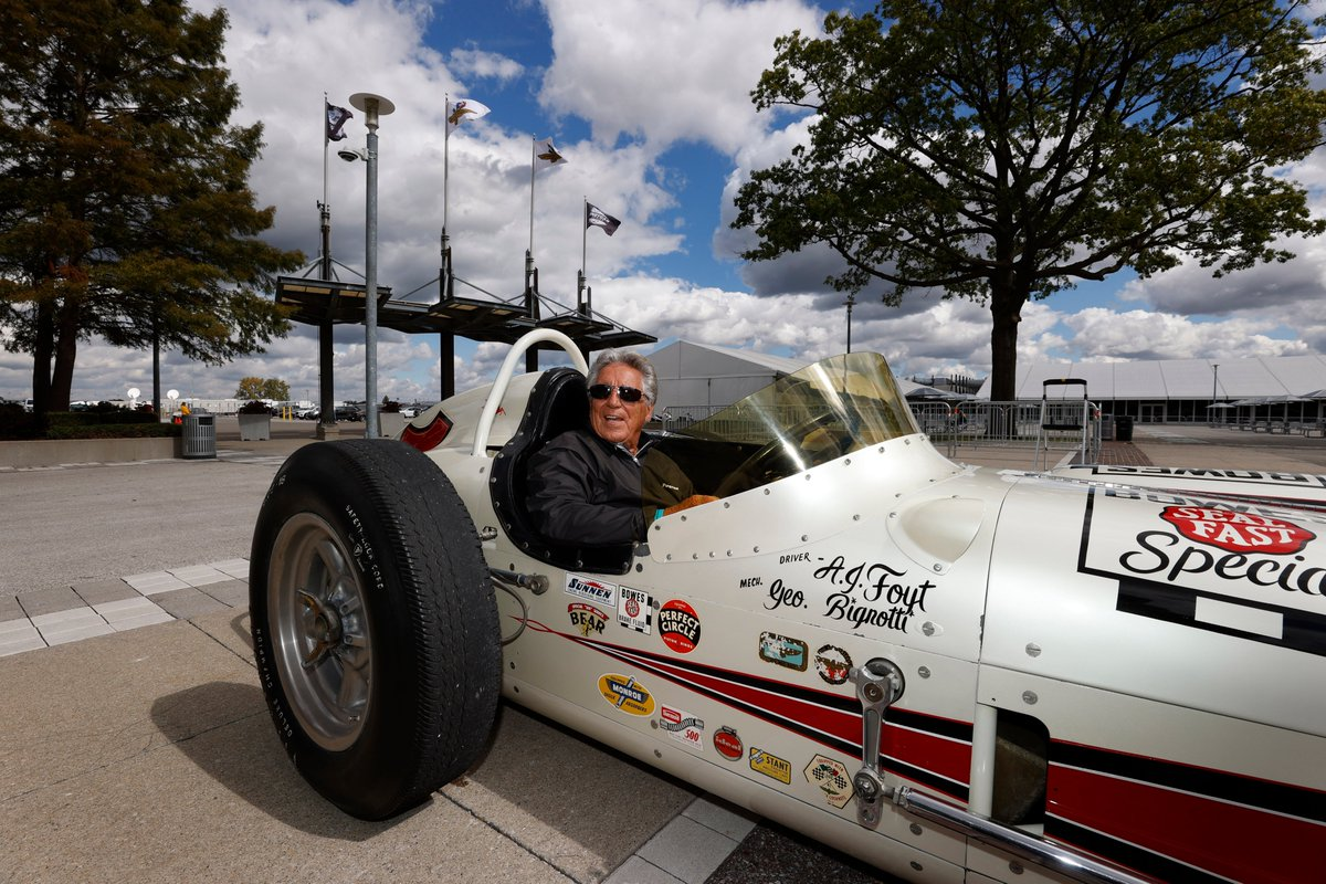 If I ever need a getaway car..... one with AJ Foyt's name on it is my best bet. https://t.co/AAdRM78XO8