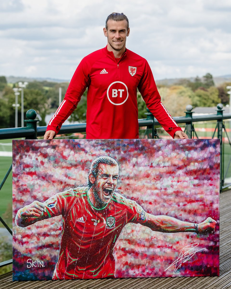 I'm excited to be involved in this fundraising project with @Velindre & Art By Skin. Limited edition signed prints are now available with all profits going to the Cancer Centre at a much needed time of support. To get involved please visit