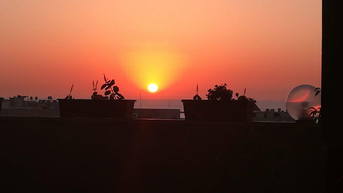 غروب الشمس من صيدا لبنان
