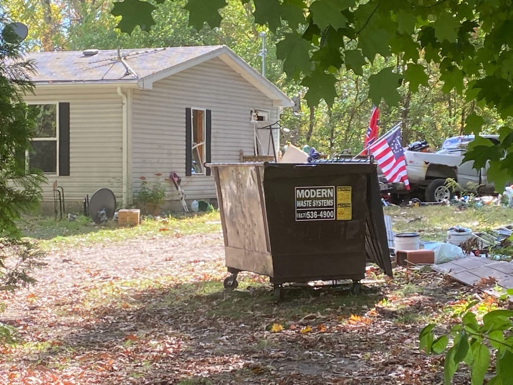 This is the home of Joseph Morrison, one of the Michigan men recently arrested for his plot to kidnap Gov. Gretchen Whitmer.  Can we acknowledge that maybe economic circumstances play a role in radicalizing people? https://t.co/zCbNjaZ10B