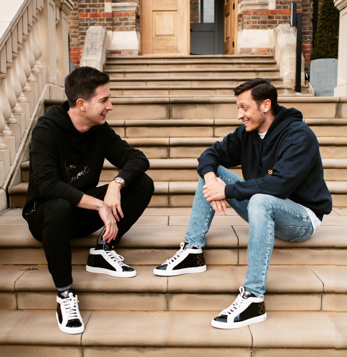 """I'm so honored to tell you that """"The Cage"""" is now available for preorder on @hideandjack website. I designed it to celebrate Mesut Özil's childhood and personal story. Me and @MesutOzil1088 decided to donate the profit to help children with digital education during Covid."""