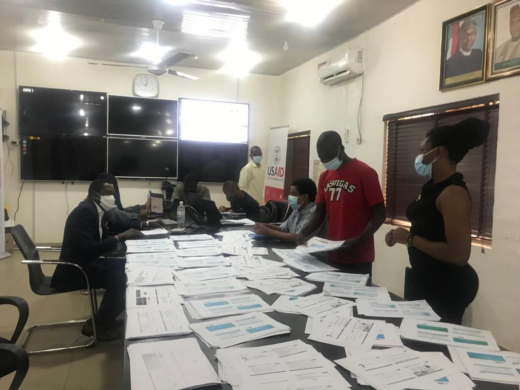 Public Health Emergency Operations Centres(PHEOC) lead in coordination of information, resources & response to public health emergencies in each state. Today in @NigerStateNG, we engaged with @NigerPHEOC to assess their gaps & design needed interventions for optimisation.