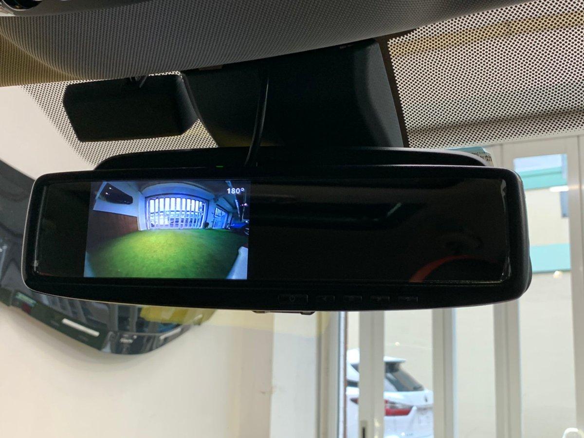 カメラ サイド データ システム