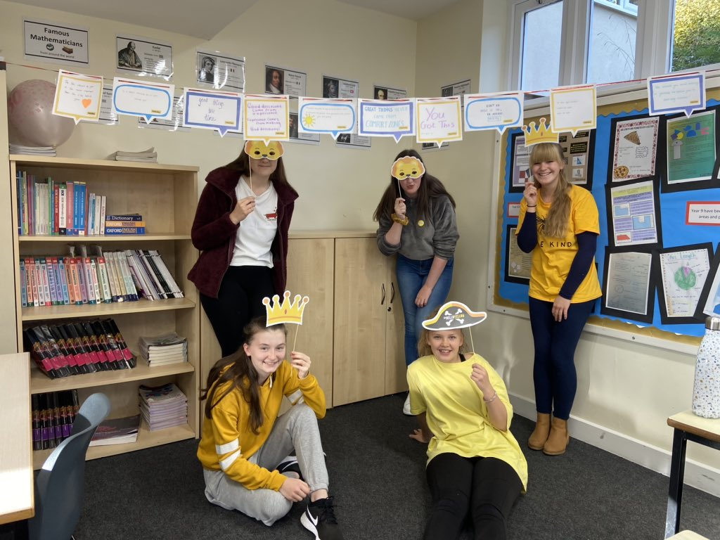 Pupils at @RGSDodderhillS1, are wearing yellow today to acknowledge and highlight the awareness of young people's mental health 💛  💛  💛  #HelloYellow #DroitwichisGold #RGSFamily #worldmentalhealthday2020