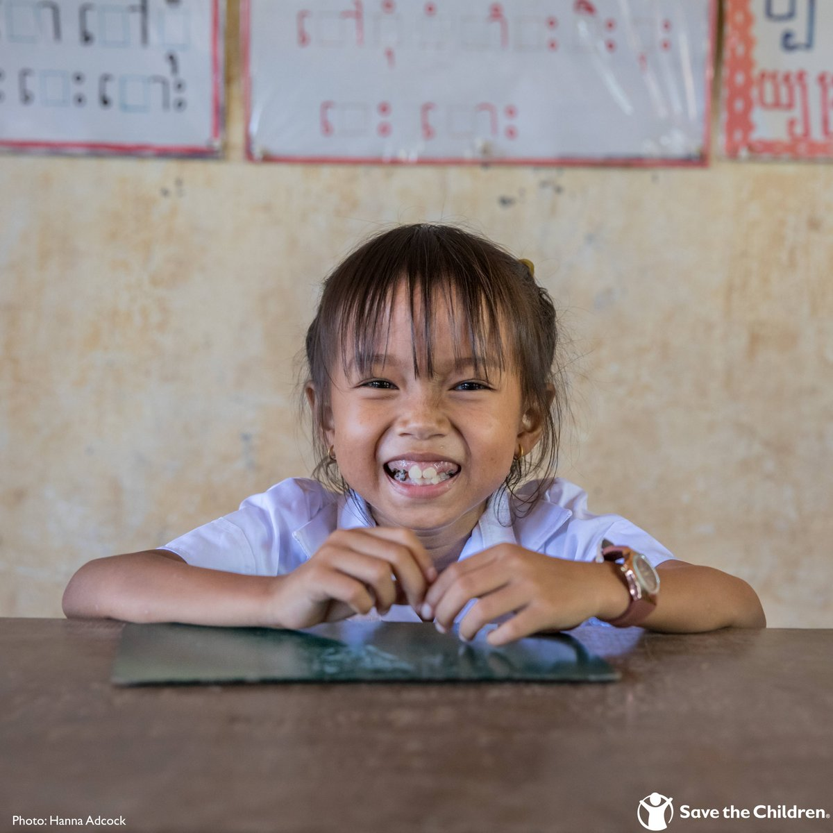 An educated girl is more likely to realize her dream of becoming a 👩⚕️ Doctor, 👩🏫 Teacher, 👩🔬 Scientist, 🙋 Leader! In honor of #DayoftheGirl, empower a girl to reach her full potential by giving her the gift of an education: ow.ly/jcTz50BMpes