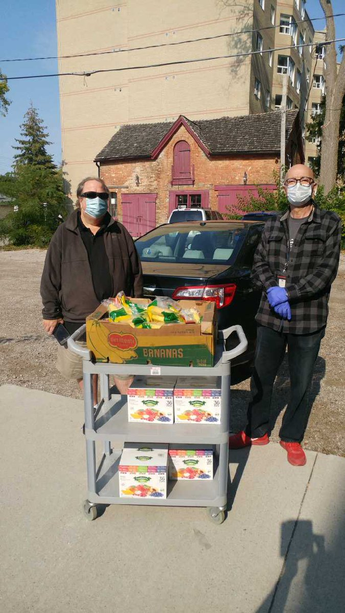 """Instead of driving to Ottawa """"the forbidden zone"""", 'Costco Tom' @Thomas_Howden is staying home & staying safe this Thanksgiving. $$$ normally spent on gas, used to purchase fresh fruit & snacks for our participants. We're #grateful for friends like you Tom. #ldnont #heartofgold"""
