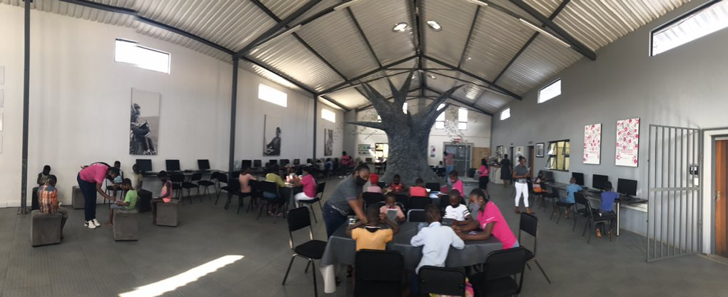 This #DigitalTree. This #Barn. This #GWFTeam.  These #RuralRockstars 💕💕💕 #ReimagineEducation @GwfOnline @HazyviewDLC https://t.co/PiudEeM1aX