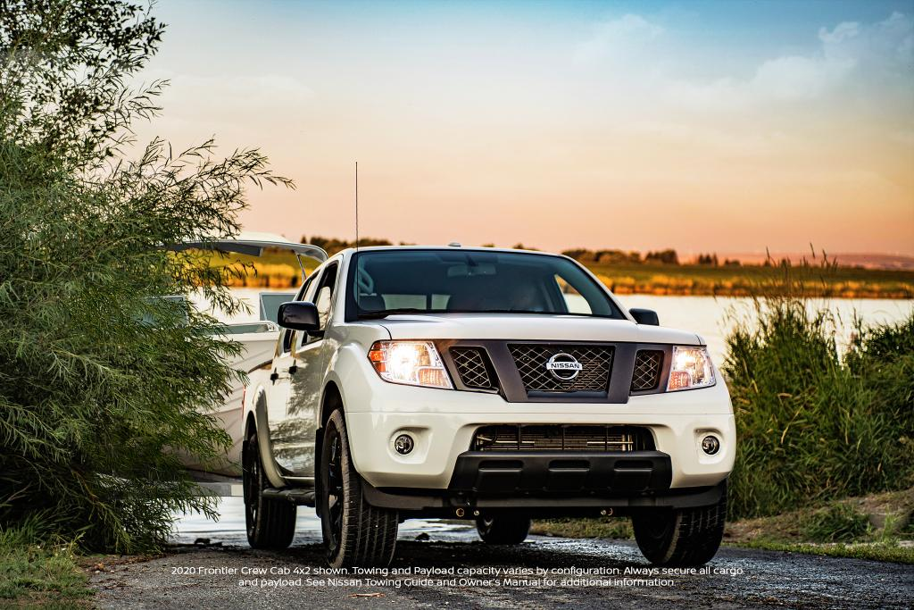 Always smooth sailing when there's up to 6,640 lbs max towing in the Nissan Frontier. https://t.co/R1L1ZOMklx