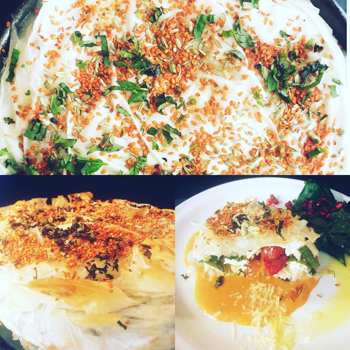 Salen y Salen platos con el especial del día! Tarta de Risotto. Deliciosa.Te esperamos. ESTAMOS ABIERTOS.  Contamos con servicio a domicilio. Llama al 5556881082 o al 5556057218 o al WhatsApp 5527243142. 🏍🏠. El menú completo del día abajo en comentarios.👇 https://t.co/YbY4fYUjpy