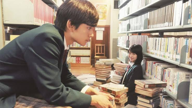 こういう感じイメージの恋愛ゲームだと思ってた笑笑 #ひな図書