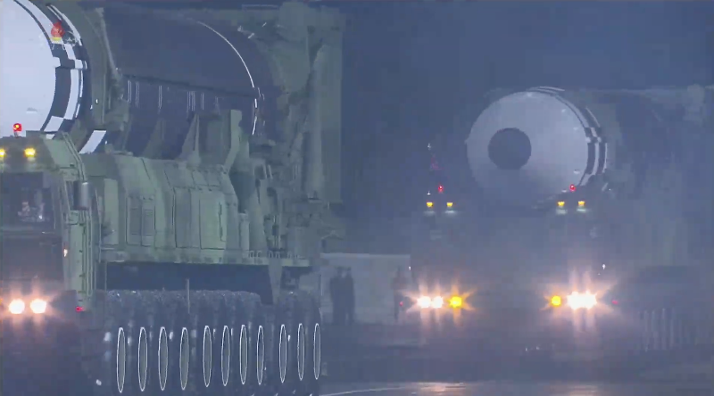 11-axle ICBM: New *massive* system. Largest liquid-fueled missile anywhere. https://t.co/ihWTpQsF3A