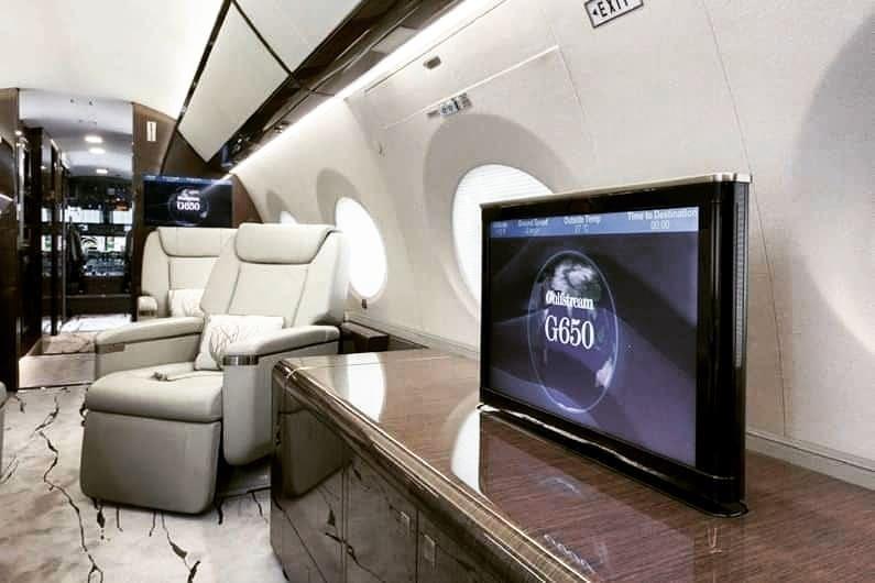 2014 Gulfstream G650ER #privatejetcharter #businessjetcharter #executivejetcharter #corporatejetcharter #businessjets #privatejet #corporatejet #aviationlovers #aircharter #charterjet  #privatejet #aviation #aircraft #jet #jets #privateair #jetlife #instagramaviation #avgeek… https://t.co/kYzJ8nCHKs