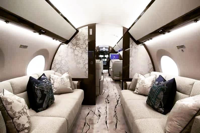 2014 Gulfstream G650ER #privatejetcharter #businessjetcharter #executivejetcharter #corporatejetcharter #businessjets #privatejet #corporatejet #aviationlovers #aircharter #charterjet  #privatejet #aviation #aircraft #jet #jets #privateair #jetlife #instagramaviation #avgeek… https://t.co/XswuCo2EW4